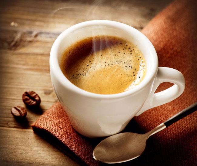 Tránh uống cà phê khi mang thai
